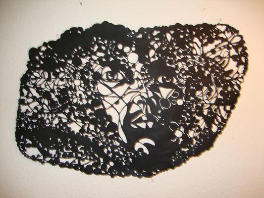 Im Gebüsch  ca. 40 x 70 cm  Papierschnitt