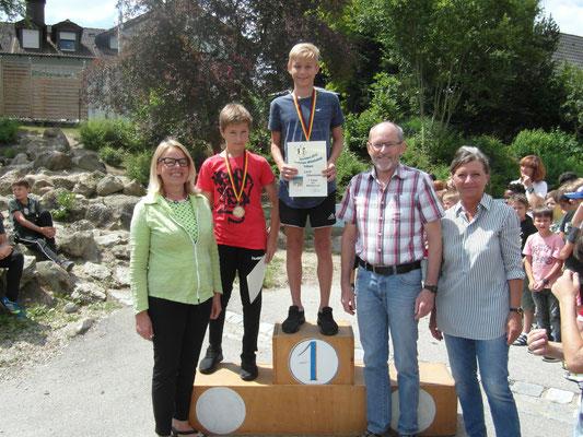 Schulsieger der Jungen Mittelschule: Luca Obermaier (7), Thomas Lettl (7), Moritz Fecher (7)