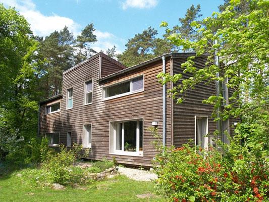 Neu Wulmstorf, Einfamilienhaus, Sanierung und Aufstockung in Holzrahmenbauweise, 2007-2008