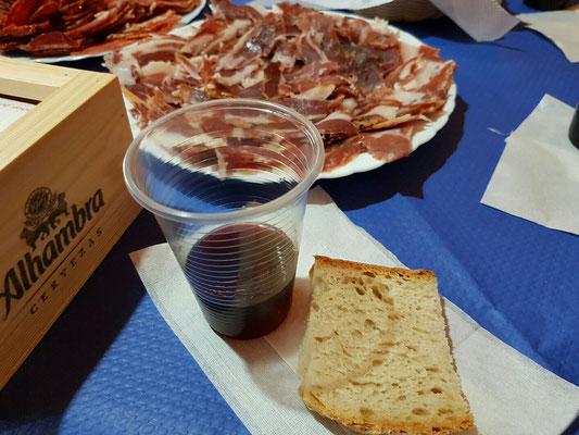 - Brot - Rotwein - Schinken - Salami