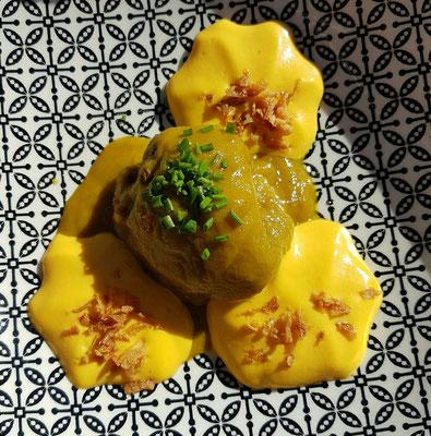 - Rinderfilet in Curryrahm mit Mandeln