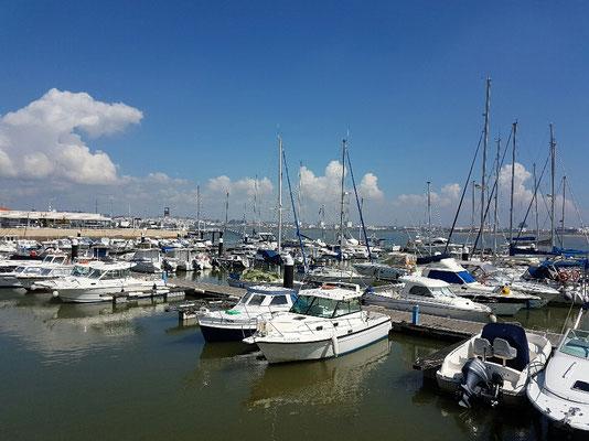 - am Yachthafen