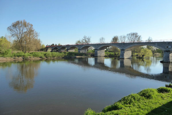 - Brücke über La Loire (Digoin)