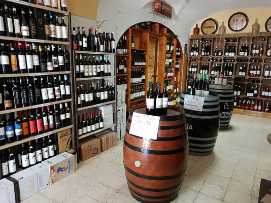 - der Weinladen am Hafen