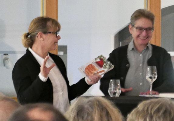 Kestin Lange und Brigitte Lamberts