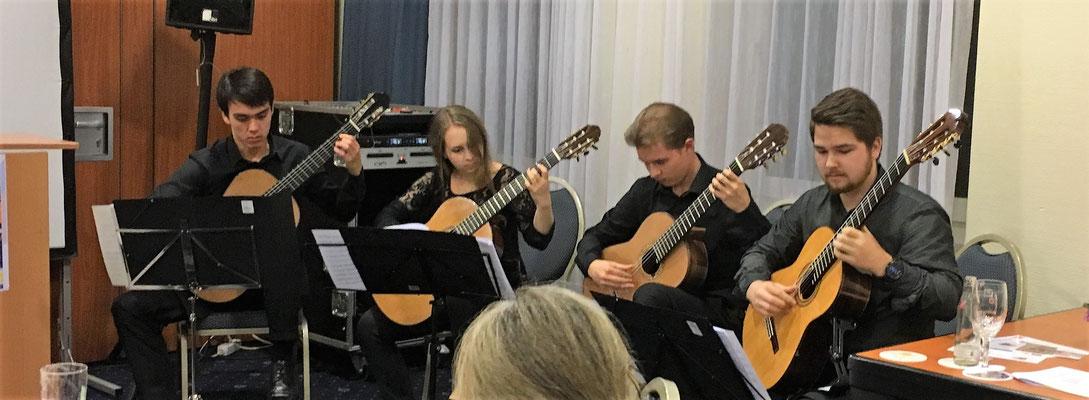 Gitarren-Quartett Rhein-Saiten