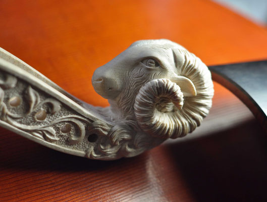 rams head - violworks