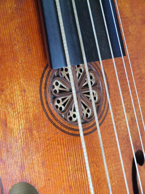 insert pear rose on a treble viol - violworks