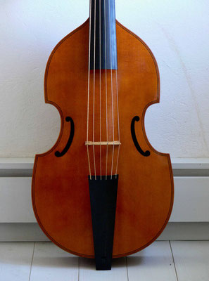 Edward Lewis bass viol, front view - violworks