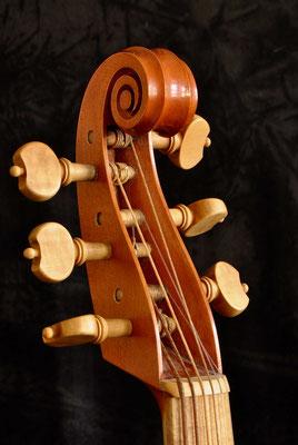 Linarol scroll - violworks