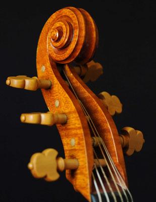 Maggini viol pegbox, oblique view - violworks