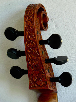carving on a scroll for a tenor viol, rear view - violworks