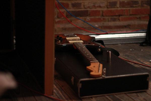 Jazzmaster in the studio