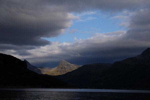 fantastisch dramatisches Helgeland
