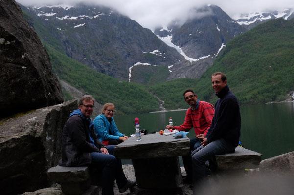 Piknik am Gletschersee