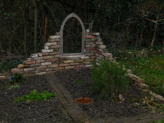Meine Ruinenmauer ist fertig!