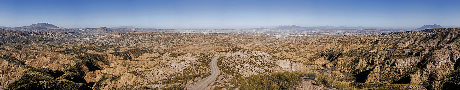 Desierto de Gorafe, panorámica de 13 imágenes