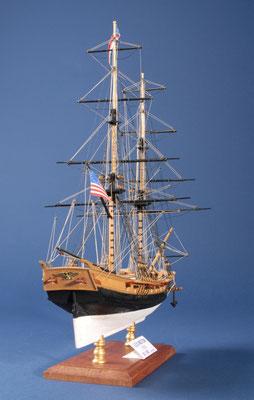 19 レキシントン LEXINGTON  年代:    1775    船籍:アメリカ  縮尺:    1/100    マモリ  製作者: 根本 悟  製作期間:10ヶ月