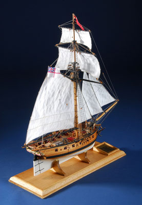 35-26 ハンター HMS HUNTER   牧野 忠孜  Tadashi Makino