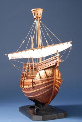 33-1 中世のコグ船 Cog Ship  年代:    15世紀  船籍:   スペイン  縮尺:   1/42    スクラッチビルト  製作者:  谷亀隆興  製作期間:3ヶ月