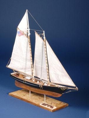 28 スクーナー・アメリカ schooner AMERICA  年代:    1851    船籍:アメリカ  縮尺:    1/72 ビリングボード  製作者:  足立幹夫  製作期間:8ヶ月