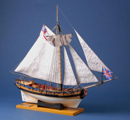 12 レゾリューション H.M.Sloop RESOLUTION  年代:    18世紀初期    船籍: イギリス  縮尺:    1/48    コーレル  製作者:  川島壮介  製作期間: 1年