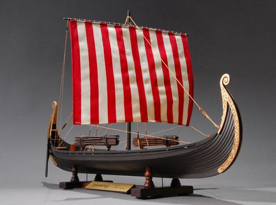 32-1    オゼベルグ船    Oseberg  年代:  9世紀      製作者: 栗田善一郎   Zen-ichiro Kurita  製作期間:10ヶ月