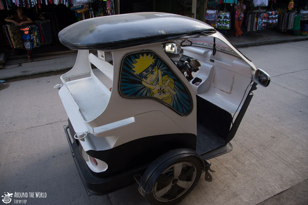 Tricycles in el Nido  aroundtheworldstepbystep.com