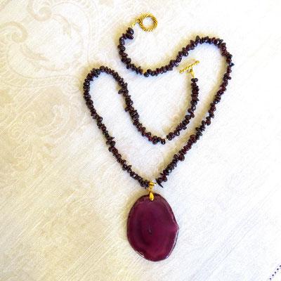 85. Halskette: Granat & Agat; 60 cm; CHF 75.