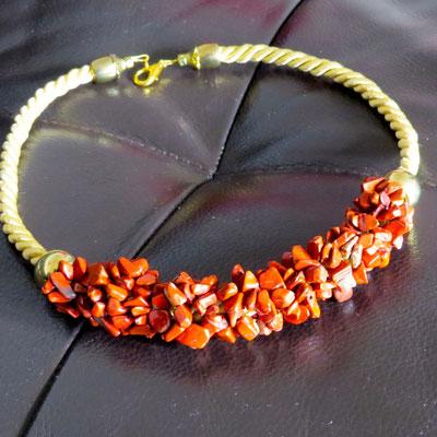 2. Halskette: Roter Jaspis; 48 cm; CHF 40.