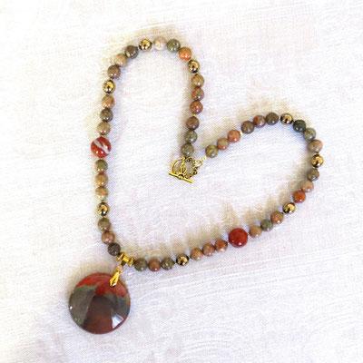93. Halskette: Unakit, Pyrit & Madagaskar-Jaspis; 50 cm; CHF 80.
