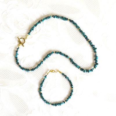 13. Collier& Bracelet: Malachite; 45 cm; CHF 60.