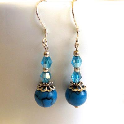 39. Boucles d'oreilles, argent: Turquoise howlite & Swarovski; CHF 25.