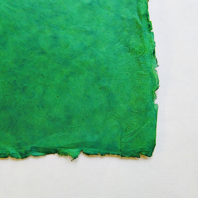 Daphne-Papier mit Büttenrand, bambusgrün - LOK 653