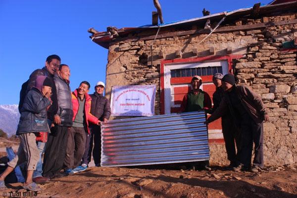 Nepal 2016: erste Hilfsgüter