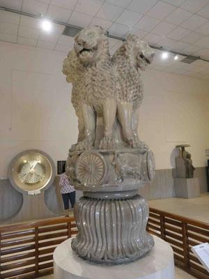 Das Löwenkapitell des Kaisers Ashoka, Sarnath, 3. Jhdt. v.u.Z.