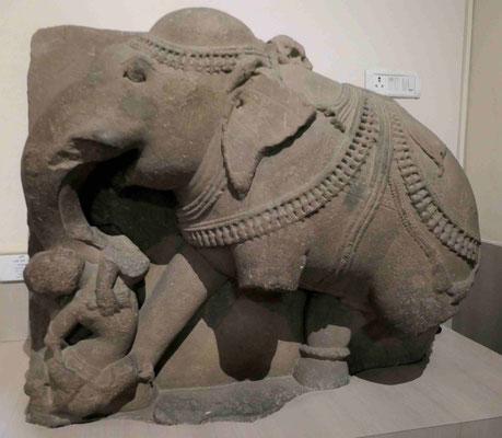 Elephant, 12. Jhdt. u.Z.