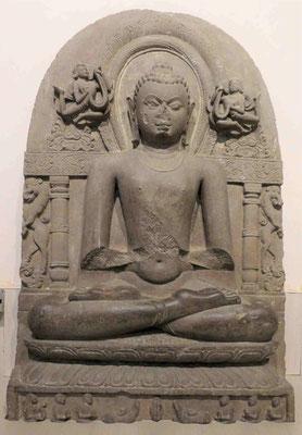 Buddha in Predigt Haltung