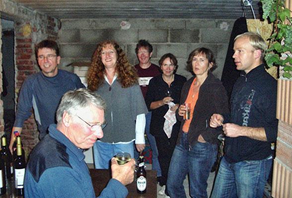 Die erste Party im Rohbau