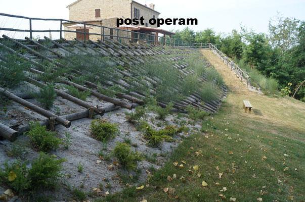Sistemazione frana in giardino privato con opere d for Sistemazione giardino