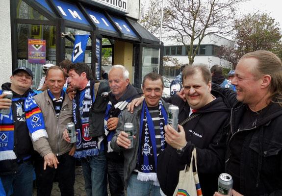 HSV : Augsburg 3:2 25.04.2015 Grillpavillon Hamburg beim Pommeskönig