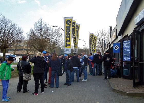 Imbiss Grillpavillon Hamburg HSV : Darmstadt 09.04.2016