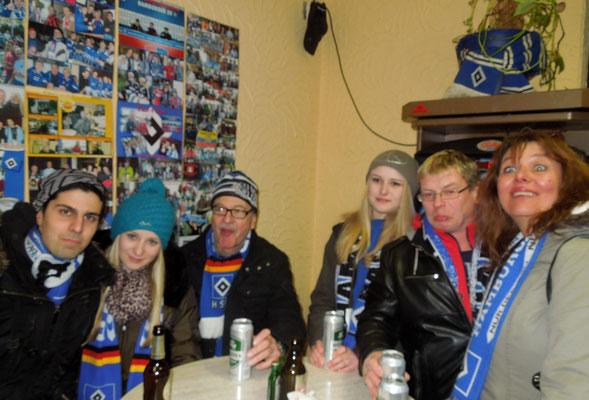 HSV : Herta im Grillpavillon: nachher