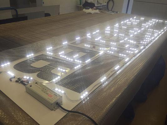 Montage LED System