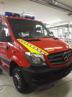 Leuchtfolien Feuerwehrauto Mercedes
