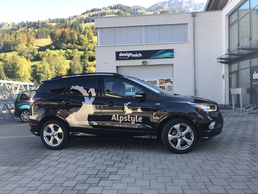 Folienlogos Ford Kuga Alpstyle Immobilien
