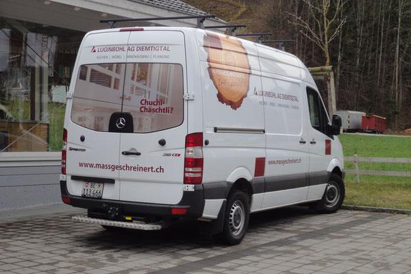 Beschriftung Fahrzeugflotte Schreinerei Luginbühl Oey
