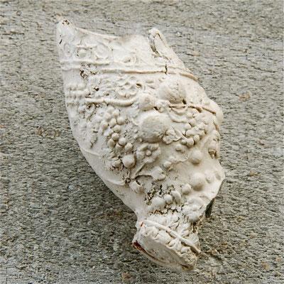 Zeer fraai Barok pijpje, eerste helft 1600. Gevonden in Gouda
