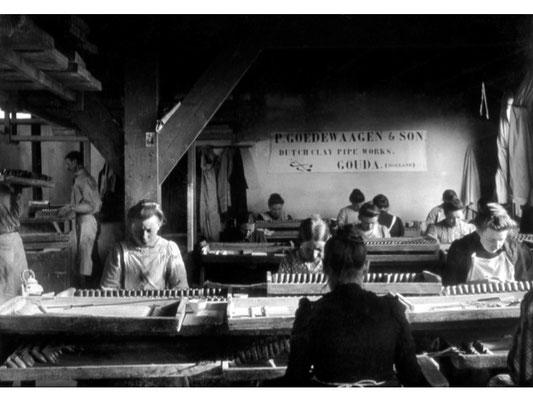 De zogenaamde 'Vrouwenzaal' van Goedewaagen aan het Jaagpad in 1908