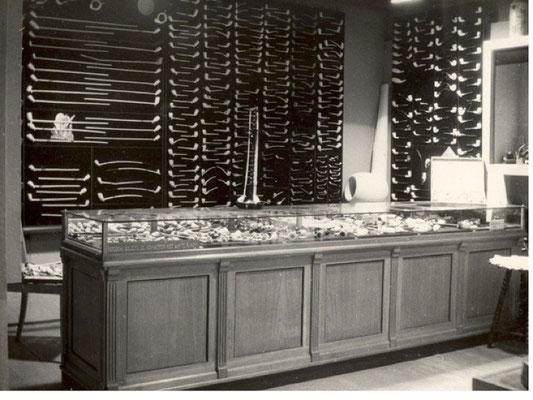 De monsterkamer met pijpen van voor 1940